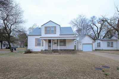 Newton Single Family Home For Sale: 600 SE 5th St