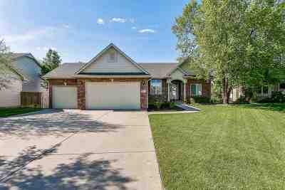 Derby Single Family Home For Sale: 912 N Wisteria Cir