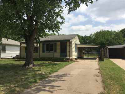 Wellington Single Family Home For Sale: 1121 N Jefferson Ave
