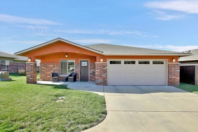 Winfield KS Single Family Home For Sale: $187,500
