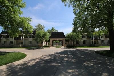 Wichita KS Condo/Townhouse Contingent: $65,000