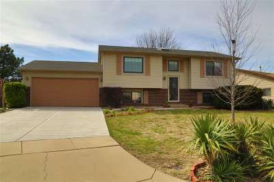 Sedgwick County Single Family Home For Sale: 6423 E 32nd Ct N
