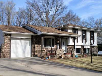 Derby Single Family Home For Sale: 212 S Circle Dr