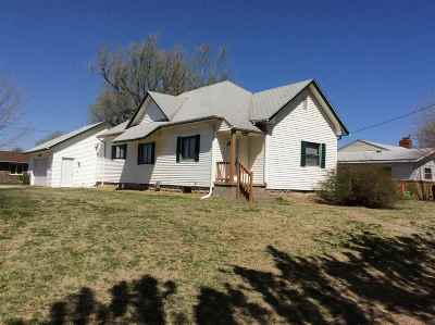 Hutchinson Single Family Home For Sale: 2511 N Harrison St