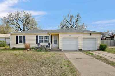 Wichita Single Family Home For Sale: 3405 W 9th St N