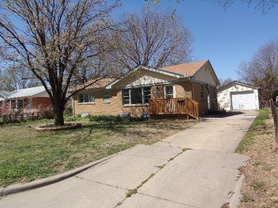 Wichita Single Family Home For Sale: 1537 N Gow St