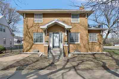 Newton Single Family Home For Sale: 101 S Main St