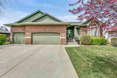 Wichita Single Family Home For Sale: 8122 W Westlakes St