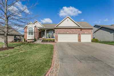 Andover Single Family Home For Sale: 631 N Woodstone Dr