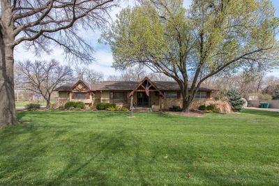 Wichita KS Single Family Home For Sale: $260,000