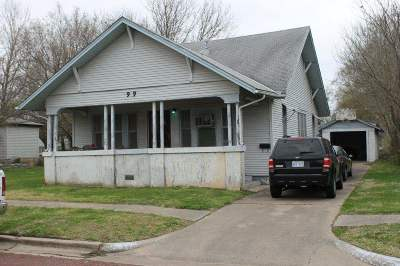 Winfield Single Family Home For Sale: 909 E 14th