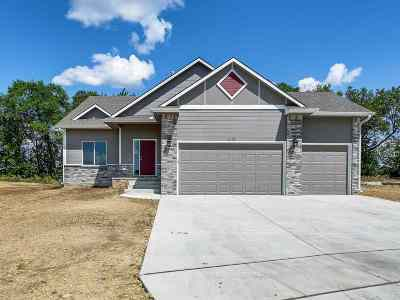 Wichita KS Single Family Home For Sale: $219,900