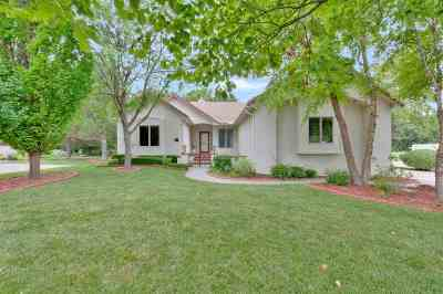 Wichita KS Single Family Home For Sale: $375,000