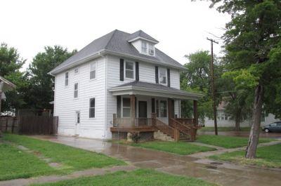 Arkansas City Single Family Home For Sale: 125 N 2nd