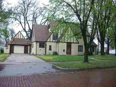 Arkansas City Single Family Home For Sale: 1202 N 3rd Street