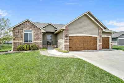 Andover Single Family Home For Sale: 708 W Sandstone Ct