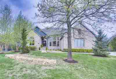 Wichita Single Family Home For Sale: 7 N Stagecoach Ct
