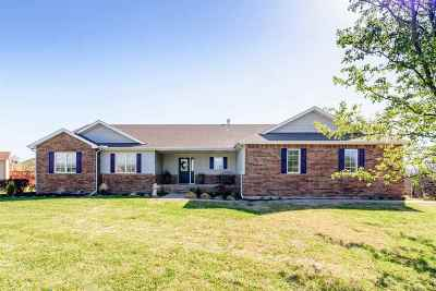 Winfield KS Single Family Home For Sale: $235,000