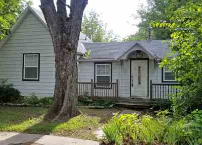 Winfield KS Single Family Home For Sale: $44,900