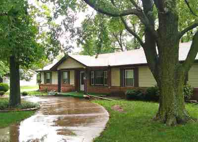 Udall Single Family Home For Sale: 303 N Hilltop St