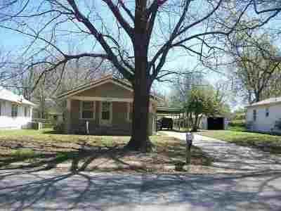 Arkansas City Single Family Home For Sale: 1102 N 5th Street
