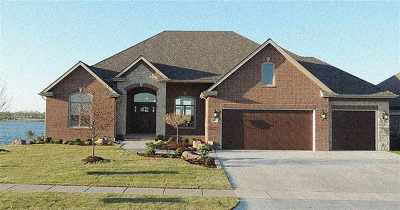 Sedgwick County Single Family Home For Sale: 2111 W Driftwood St