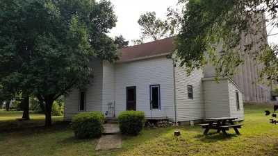 Belle Plaine Single Family Home For Sale: 102 S Merchant St