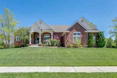 Wichita Single Family Home For Sale: 2002 N Glen Wood St