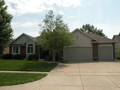 Wichita Single Family Home For Sale: 1226 S Auburn Hills