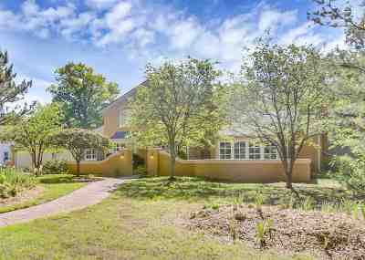 Eastborough Single Family Home For Sale: 16 S Lakeside Blvd