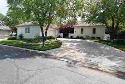 Wichita Single Family Home For Sale: 1440 N Gatewood