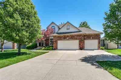 Wichita Single Family Home For Sale: 12121 E Killenwood Dr
