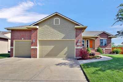 Wichita Single Family Home For Sale: 3209 S Blue Lake Ct