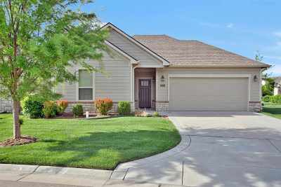 Maize Single Family Home For Sale: 9609 Village Place