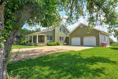 Galva Single Family Home For Sale: 638 21st Ave