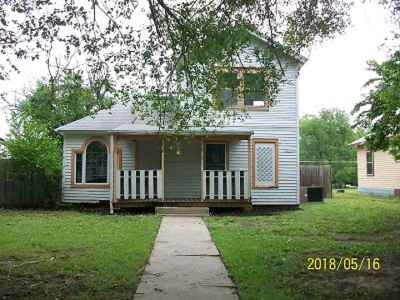 Arkansas City Single Family Home For Sale: 818 N D St.