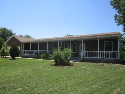 Haysville Single Family Home For Sale: 1541 E 76th St S
