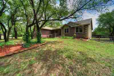 Wichita Single Family Home For Sale: 4760 N Ridge Rd