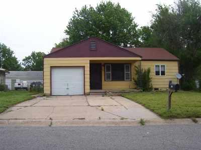 Haysville Single Family Home For Sale: 216 E Spencer Dr