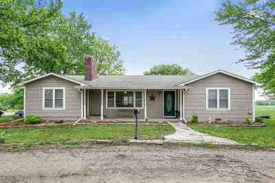 Douglass Single Family Home For Sale: 19714 SW River Valley Rd
