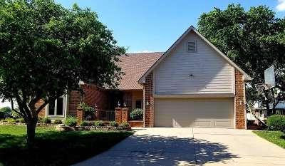 Wichita Single Family Home For Sale: 2810 W Milro Cir