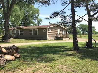 Belle Plaine Single Family Home For Sale: 1138 N Oliver Road