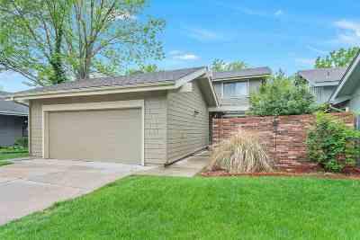 Wichita Condo/Townhouse For Sale: 7700 E 13th St N Unit 23