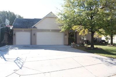 Wichita Single Family Home For Sale: 12101 E Killenwood Dr.