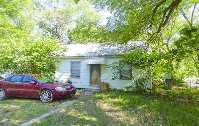 Single Family Home For Sale: 2619 S Fees St