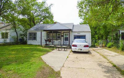 Single Family Home For Sale: 1717 N Volutsia St