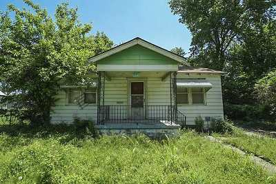 Single Family Home For Sale: 1142 N Ash Ave