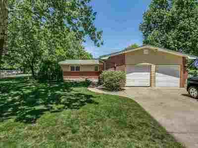 Wichita KS Single Family Home For Sale: $149,900