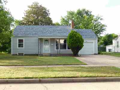 Wichita KS Single Family Home For Sale: $69,900