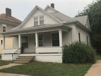 Arkansas City KS Single Family Home For Sale: $48,500